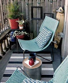 Ideas For Apartment Patio Furniture Small Balconies Chairs Apartment Patio Gardens, Apartment Balcony Decorating, Apartment Balconies, Cozy Apartment, Apartment Therapy, Apartment Design, Apartment Plants, Rustic Apartment, Apartment Ideas