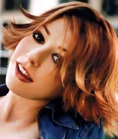 Alyson Hannigan: I will spare you the details of my flaming hot girl crush which I think is in its tenth year at this point.