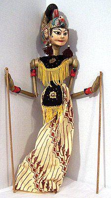 Indonesia, mid 1900's Wayang Golek Puppet Marionette Java Heroine.