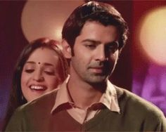 He looks so happy here and very impressed with Khushi