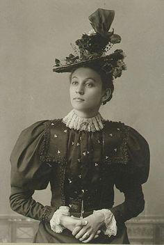 Hat and corresponding ensemble, c. 1890s.