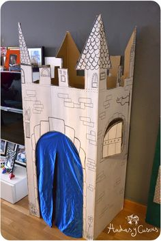 Cardboard Play, Cardboard Box Crafts, Cardboard Castle, Diy For Kids, Crafts For Kids, Toilet Roll Craft, Hot Toys Iron Man, Medieval Party, Indoor Activities For Kids