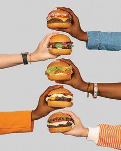 Pit's Burger Content – Mindsparkle Mag - Burger Burger Photography, Food Photography Styling, Food Styling, Advertising Photography, Food Design, Design Design, Photo Food, Food Advertising, Burger Recipes