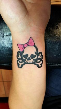 Girly Skull With Bow Tattoo