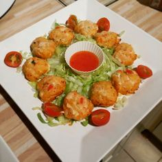 Ingredients: cod loin raw king prawns 1 small egg 2 chilli 4 spring onions 1 stalk of lemongrass red pepper 2 cloves . Veggie Recipes, Dinner Recipes, Cooking Recipes, Healthy Recipes, Healthy Soup, Fish Recipes, Soup Recipes, Slimming World Snacks, Thermomix