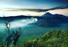 provocative-planet-pics-please.tumblr.com Amazing sunset photo in Mount Bromo Indonesia. by ufospacealien https://www.instagram.com/p/BEBOwmjyyrI/