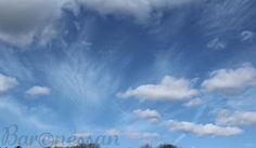 Skyar, Clouds