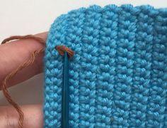 Würfel Material Wollreste (am besten 100% Baumwolle) Häkelnadel Nr. 2 Nähnadel Abkürzungen fm-feste Masche lm-Luftmasche km-Kettmasche Hstb- halbes Stäbchen Stb- Stäbchen Ma- Masche 6x