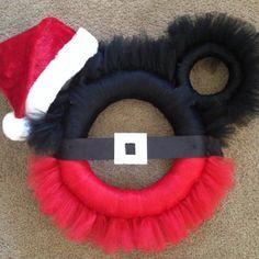 Minnie Mouse Santa Tulle Wreath