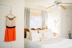 a light, airy, neutral bedroom // Cat Cantrell's Houston Garage Apartment Tour #theeverygirl