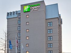 Cambridge (MA) Holiday Inn Express Hotel & Suites Boston-Cambridge United States, North America Located in East Cambridge, Holiday Inn Express Hotel & Suites Boston-Cambridg is a perfect starting point from which to explore Cambridge (MA). Offering a variety of facilities and services, the hotel provides all you need for a good night's sleep. Facilities like free Wi-Fi in all rooms, 24-hour front desk, facilities for disabled guests, luggage storage, newspapers are readily ava...