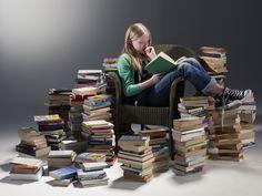 Ahogy azt már észrevehettétek, nagyon szeretem a Moly.hu-t az olvasmányaim vezetéséhez, rendszerezéséhez, új könyvek felfedezéséhez, és minden egyéb funkciója miatt, hiszen nagyon hasznosak tudnak …
