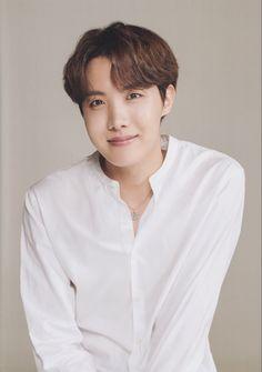 Happy birthday Jhope💖I'm your hope your my hope HBD Jhope💕💗 Jung Hoseok, Foto Bts, Got7, J Hope Smile, Rapper, Army Room, Gwangju, Bts J Hope, About Bts
