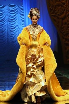 Pin by ctrl alt design on dustrial pinterest guo pei for Xuming haute couture