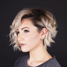 hair cuts 54 Pretty Short Hairstyles and Haircuts Ideal for Women with Straight Hair 2019 You Are Bi Haircuts For Fine Hair, Best Short Haircuts, Short Hairstyles For Women, Everyday Hairstyles, Hairstyles With Bangs, Straight Hairstyles, Pixie Haircuts, Blonde Haircuts, Braided Hairstyles