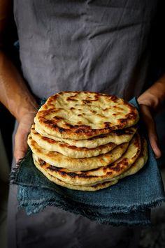 Italian Recipes, Vegan Recipes, Cooking Recipes, Cena Light, Focaccia Pizza, Pane Vino, Food Design, Cooking Time, Finger Foods