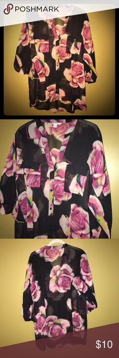 Flowy Floral Blouse Worn once. Tops Button Down Shirts
