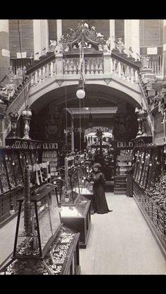 """Barcelona, magatzems """"el siglo"""" Principis del segle XX"""