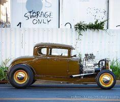 Let's Go! #fuel32  @highgeared  See more at Fuel32.com Click link in bio  #1932ford #1931ford #1930ford  #1929ford #1928ford #32ford #highboy #deuce #coupe #hamb #ford #1932 #vintagecar #hopuplive #streetrod #hotrod #sema #trog #customcar #5window #nostalgia #3window #roadster #modela #gnrs2017 #flathead #traditionalhotrod #roddersjournal #livingthehighboylife