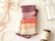 How to Crochet a Pair of Gorgeous Wrist Warmer