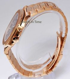 Patek-Philippe-BRAND-NEW-Nautilus-18k-Rose-Gold-Watch-Box-Papers-5711-1R-001