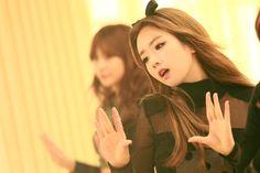 Apink South Korean Girls, Korean Girl Groups, Seven Springs, Bubblegum Pop, Pink Panda, Red Sun, Cube Entertainment, Actors & Actresses, Beautiful Women