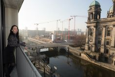Blick auf den Berliner Dom - #Fashionstyling mit #Leopardentop und #Minirock