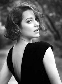Marion Cotillard- fantasy style...if only I had been born gorgeously French and disdainful!