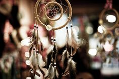 dreamcatcher inside a dreamcatcher! <3 must make