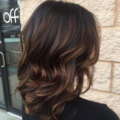 Medium+Brunette+Hair+With+Chocolate+Highlights