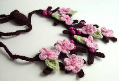 Cherry Blossom/Sakura necklace, free pattern by meekssandygirl