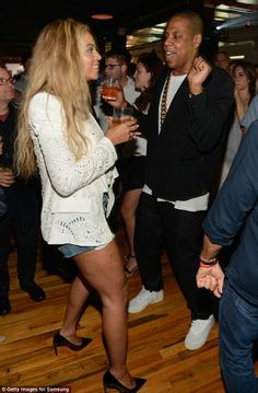   Beyonce and Jay-Z let loose on the dance floor as they party the night ...