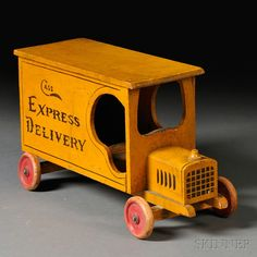Woodworking Toys, Woodworking Workshop, Woodworking Projects Diy, Wooden Toy Trucks, Wooden Car, Antique Toys, Vintage Toys, Making Wooden Toys, Wood Toys Plans