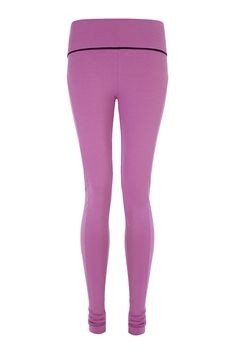 Push it Leggings http://www.wellicious.com/push-it-leggings.html