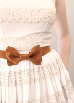 White Dress with a Brown Suede Bow Belt! Cute Dresses, Beautiful Dresses, Bow Belt, Mode Vintage, Mode Style, Dress Me Up, Girly Girl, Modest Fashion, Glamour