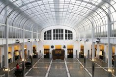 The Architect's Eye: Architect Otto Wagner's Modernist Marvels in Vienna - Lee F. Mindel celebrates the work of the great architect-designer, who helped reinvent the city at the turn of the century Architecture Design, School Architecture, Art Nouveau, Architectural Digest, Belle Epoque, Otto Wagner, Building Museum, Home Modern, Modern Interior