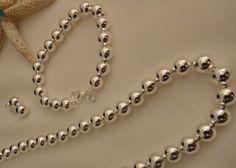 Luxurious Tiffany Style Earring, Necklace, & Bracelet Set