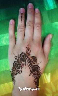 #henna #hennaart #hennatattoo #mehendi #mehndi #tattoohenna