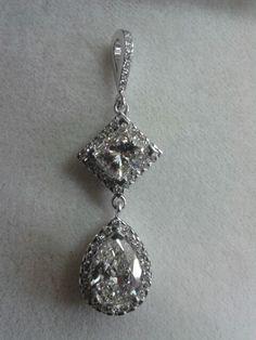 Princess and pear shape diamond necklace made by Hogarth Jewellery