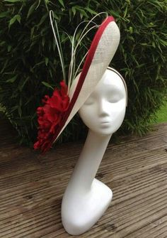 Large disk hat silk roses & grass