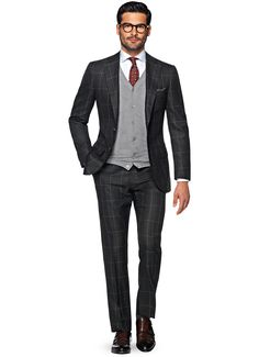 Checked grey suit. like it.