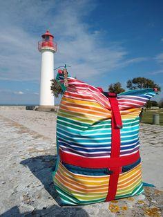 Sac à dos Troïka à rayures colorées cousu par Emmanuelle - Patron Sacôtin