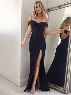 The dress is featuring off the shoulder, solid color, slit and maxi length. The dress is elegant and fashion. The dress is suitable for party, prom. Formal Dresses Online, Grad Dresses Long, Military Ball Dresses, Long Formal Gowns, Club Dresses, Party Dresses, Prom Gowns, Bridesmaid Gowns, Black Prom Dresses Uk
