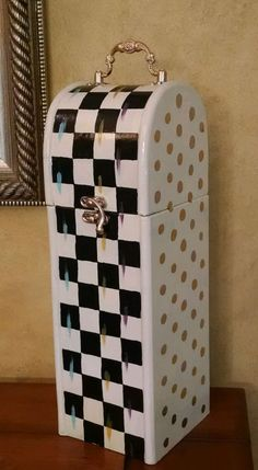 """14"""" HP Courtly Whimsical Checkerboard B&W check wooden storage wine box"""