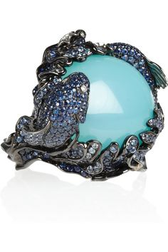 Very cool marine life ring from a designer inspired by nature. (Lydia Courteille|Battling Fish 18-karat Ring)