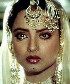 Beautiful Legendary Bollywood actress Rekha