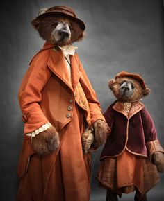 "Lori Simon Bears --- from the web site: ""My name is Lori Simon, and I am… Love Bears All Things, Teddy Bear Pictures, Charlie Bears, We Bear, Vintage Teddy Bears, Boyds Bears, Cat Doll, Bear Toy, Felt Animals"