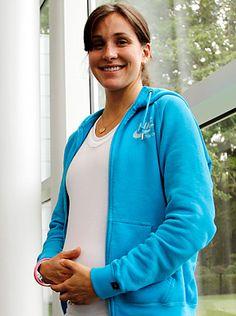 Kara Goucher pregnant