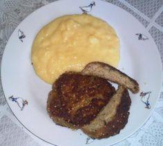 Vločkové fašírky s mozzarellou a šunkou. Mozzarella, Steak, Breakfast, Fit, Morning Coffee, Shape, Steaks