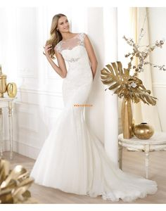 Sigh… Pronovias, you sure know how to do pretty. Pronovias 2014 Fashion pre-collection is definitely one of their prettiest offerings to date, Elegant Wedding Gowns, Wedding Dresses 2014, Wedding Dress Styles, Designer Wedding Dresses, Bridal Dresses, Bridesmaid Dresses, Prom Dresses, Formal Wedding, Dresses 2016